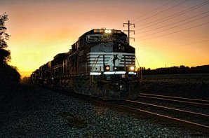 norfolk_southern_sunset