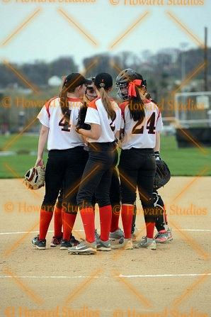 achs_softball_04132017_rah_9469